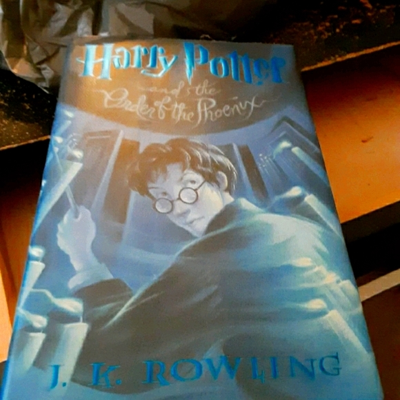 Harry potter book like new